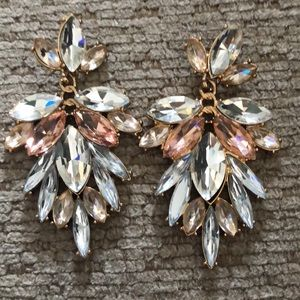 Crystal stone drape earrings